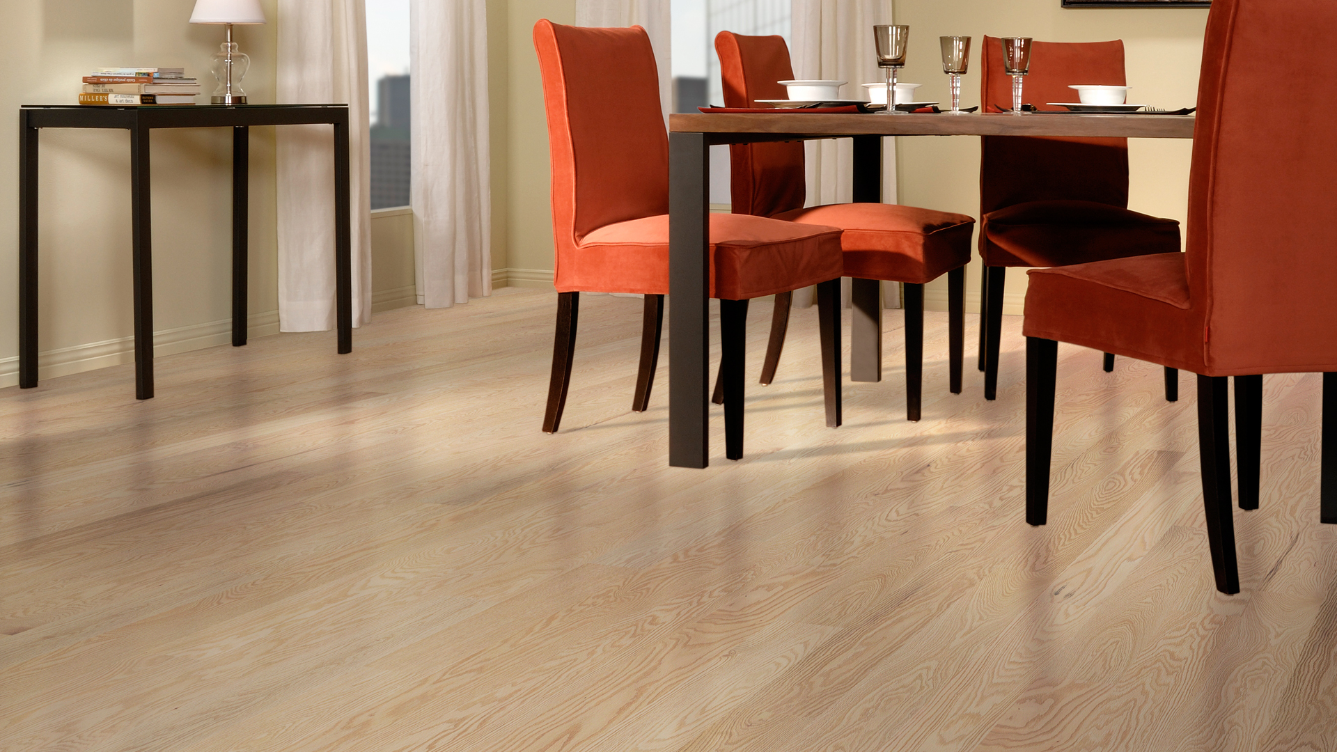 Red oak wire brushed cachemire | Dubeau hardwood floors | Dining room decor