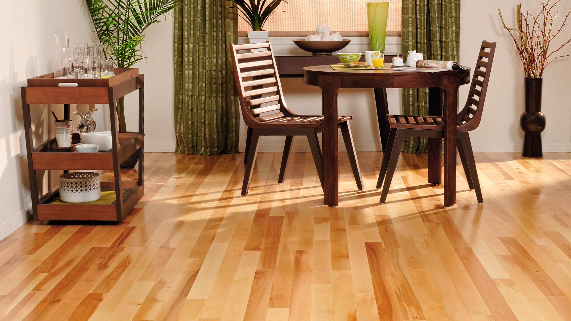 Yellow birch natural | Dubeau hardwood floors | Dining room decor